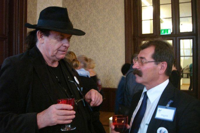 od lewej: Jiří Šuhájek, Ekrem Kula
